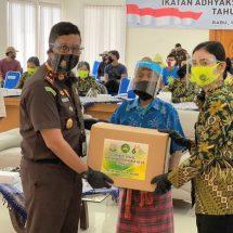 Kajari Badung Bantu 80 Paket Sembako Untuk Anak Panti Asuhan