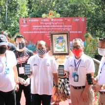 Gubernur Puji Tak Ada Penggunaan Plastik di Monkey Forest