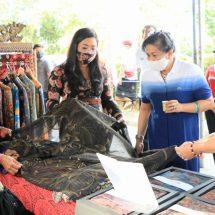 Ny. Putri Koster: Pasar Gotong Royong Wujud Peduli kepada IKM dan Petani