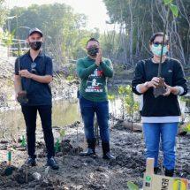 Ny. Putri Koster Apresiasi Nelayan Jaga Keseimbangan Lingkungan Mengrove