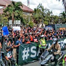 Aksi Massa Kawal Sidang JRX Tak Terbendung