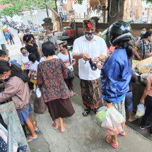 Serap Aspirasi Pedagang di Pasar Poh Gading, Paslon Amerta: Pemimpin Terpilih Mesti Perhatikan Nasib Rakyat Kecil