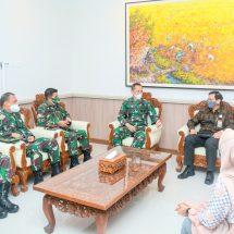 Jalin Silaturahmi, Kasdam Udayana Terima Audiensi PT. Bank BNI Syariah Cabang Denpasar