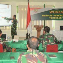 Tingkatkan Kemampuan Insan Penerangan TNI AD, Dispenad Gelar Workshop Menulis di Kodam Udayana