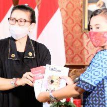 Launching Virtual Buku Puisi Suara Hati Guru di Masa Pandemi Covid-19