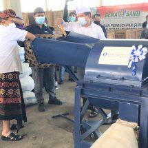 Peduli Lingkungan, BI Bali Bantu Mesin Pencacah Sampah di Kusamba