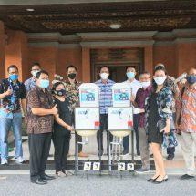 Asosiasi Asuransi Umum Indonesia Denpasar Bantu 10 Unit Wastafel Portable