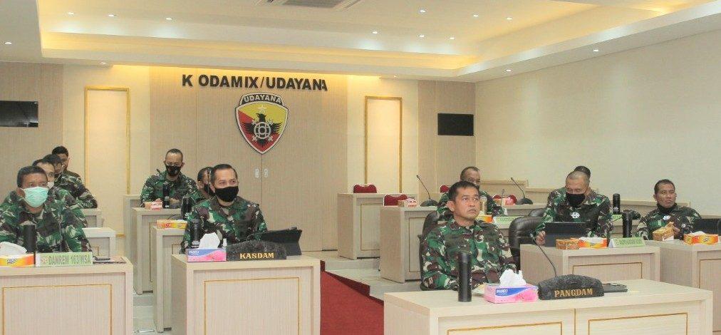 Pangdam Udayana Ikuti Rakor Evaluasi Pembatasan Aktivitas Masyarakat dalam Menghadapi Covid-19