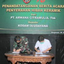 Kodam Udayana Terima Hibah 10.000 Meter Keramik dari PT. Arwana Citramulia, Tbk.