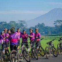 Bosen Gowes Sepeda di Aspal Perkotaan? Berikut Rekomendasi tiket.com untuk Auto-Nanjak di Borobudur