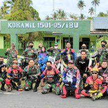 Dandim Dan Komunitas Biker Kodim Ternate Ngetrail Sambil Bagi Sembako dan Masker