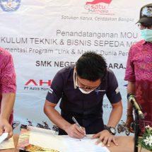 Implementasikan KTBSM, Astra Motor Bali Tanda Tangani MoU Dengan SMKN 3 Singaraja