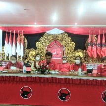 Rangkaian HUT ke-48, DPD PDI Perjuangan Bali Gelar Lomba Desain Kreasi Busana Adat ke Kantor Pakem Bali