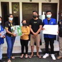Tiga Dosen ITB STIKOM Bali Implementasikan Tri Dharma Perguruan Tinggi di Oke Juice Bali