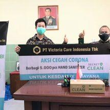 Komit Bantu Melawan Covid-19, PT Victoria Care Indonesia Tbk Salurkan Bantuan 5.000 Botol Hand Sanitizer untuk Kesdami IX Udayana