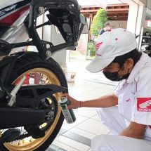 Jaga Kesehatan Motor Honda, Dapatkan Promo Paket Service Hemat