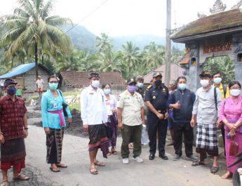 Tim Pembinaan dan Pengawasan Tata Kelola Minuman Fermentasi dan/atau Destilasi Khas Bali Terjun ke Desa Telagatawang